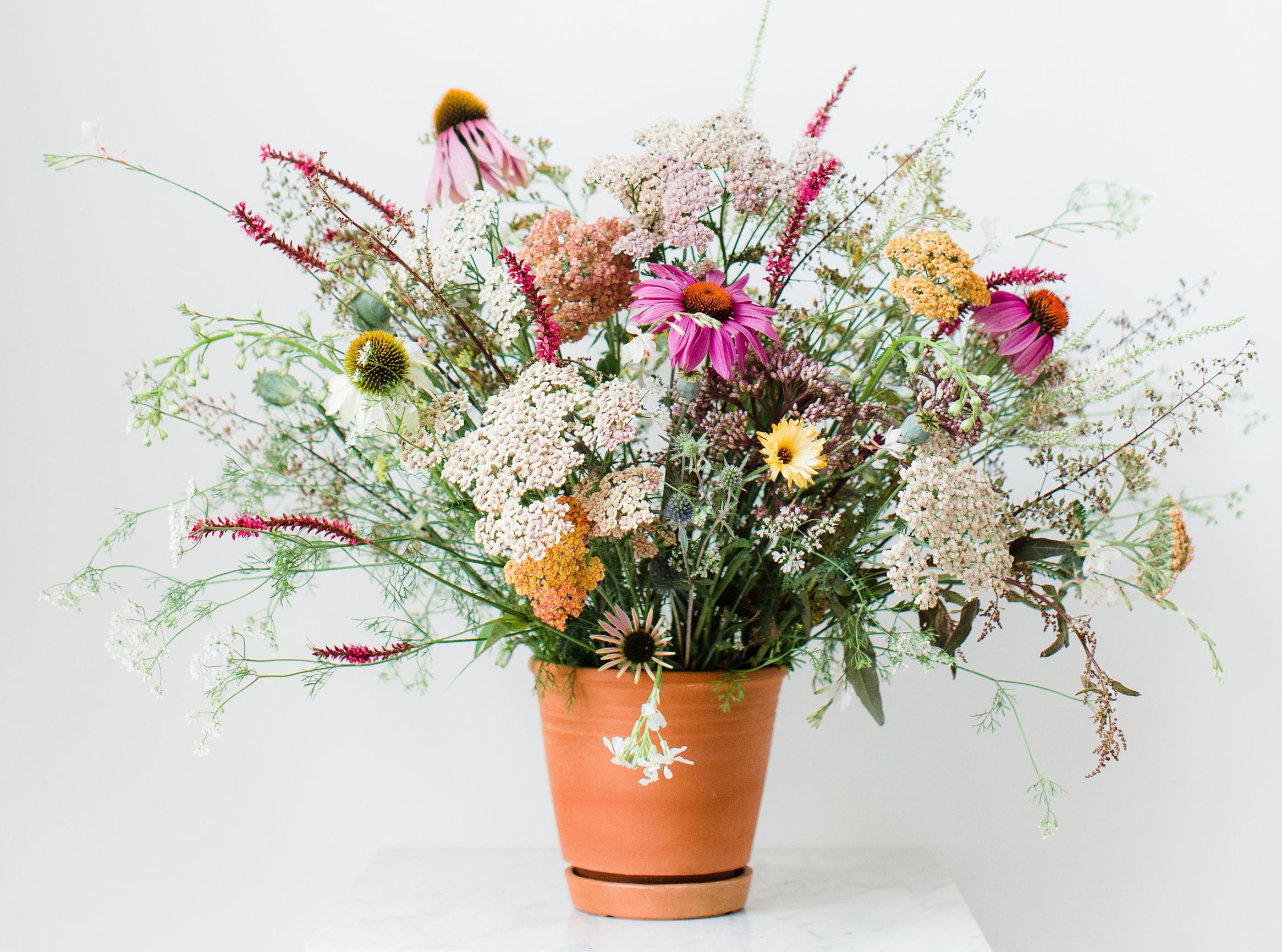 Exceptional DIY Wildflower Arrangement // Styling U0026 Concept: Holly Marder / Avenue  Lifestyle //