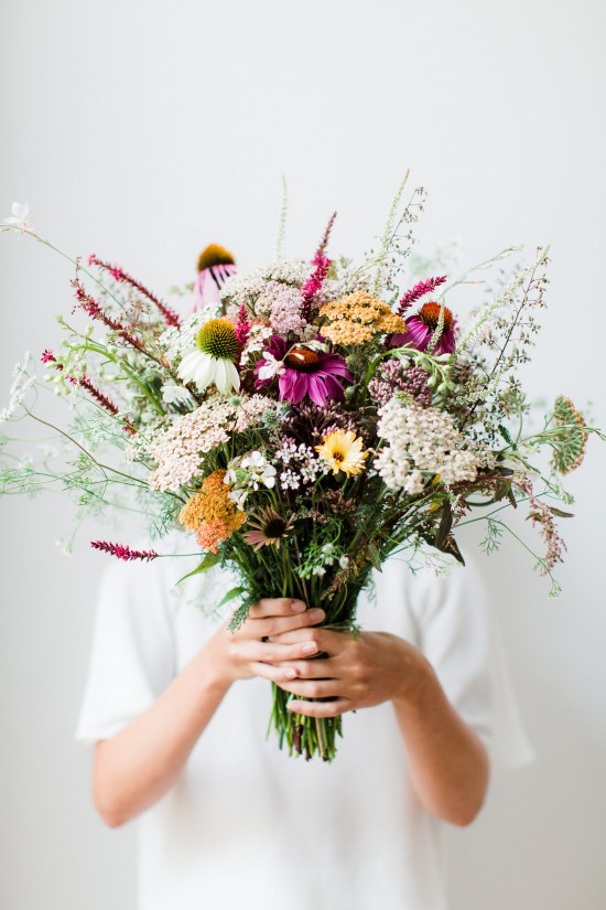DIY Wildflower Arrangement  // Styling & Concept: Holly Marder / Avenue Lifestyle // Photography: Anouschka Rokebrand