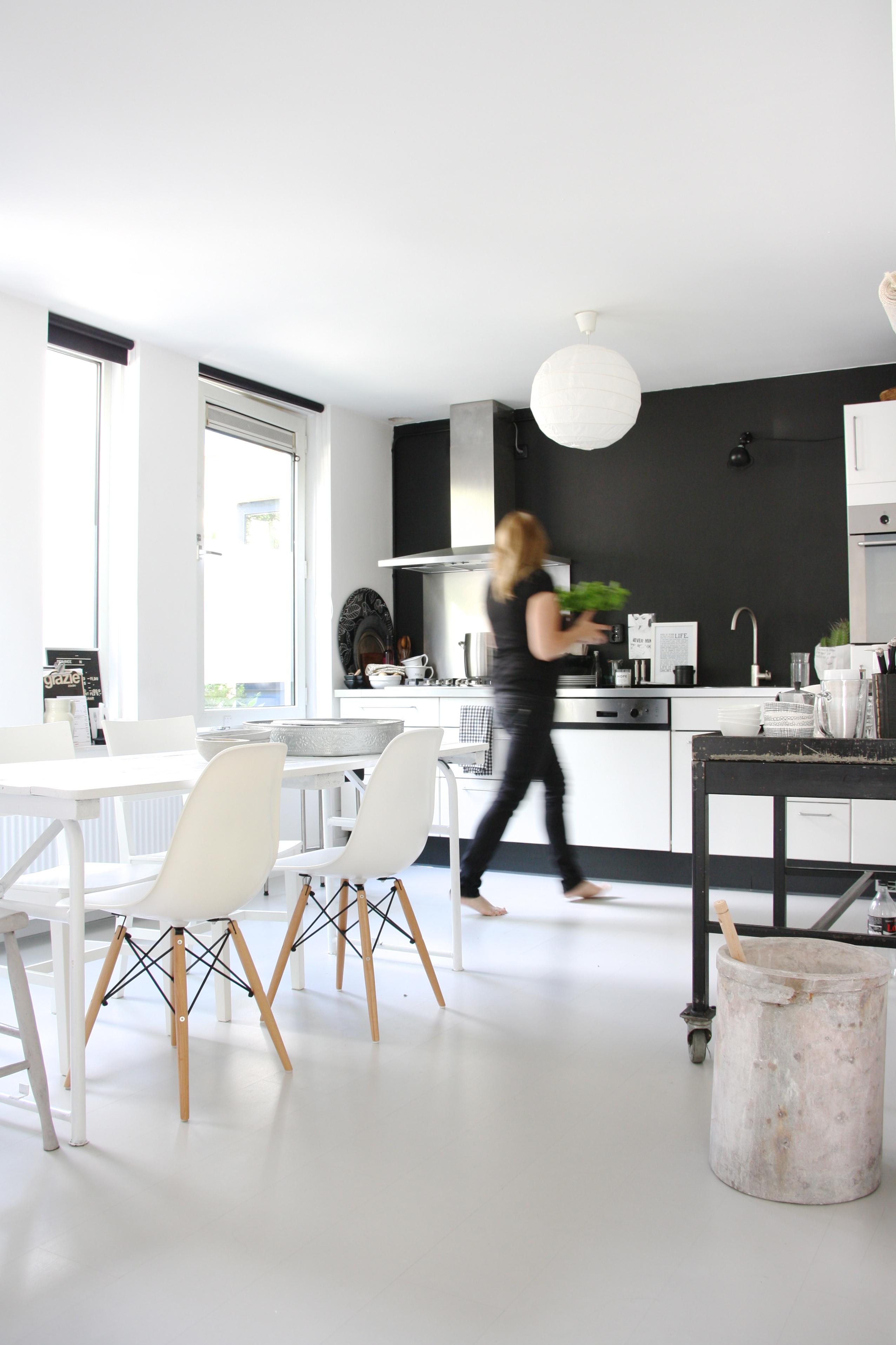 Monochrome Amsterdam Abode - Avenue Lifestyle Avenue Lifestyle