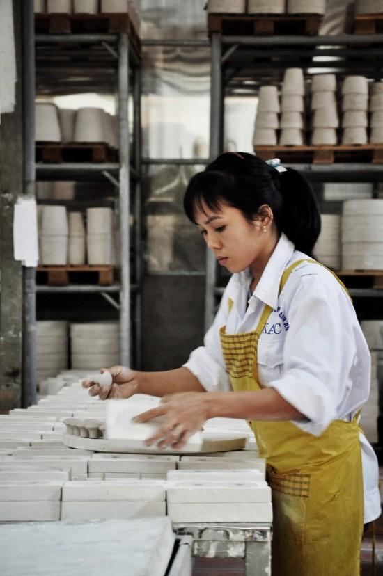 Vietnam_ms. Dinh Thi Thanh Huyen, handles