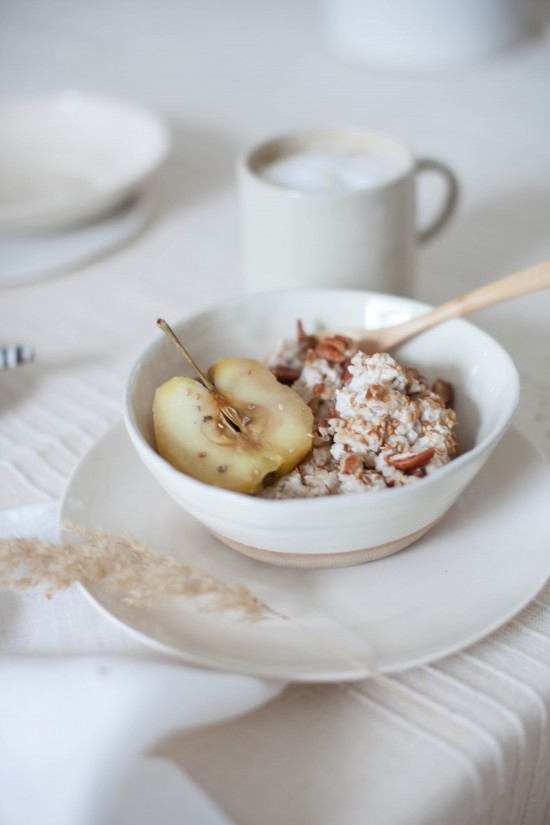 creamy coconut and cardamom oats | avenue lifestyle & ajda mehmet